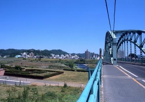 FWashikagaRG125(1).jpg